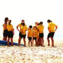 Préparation avant le cours de surf